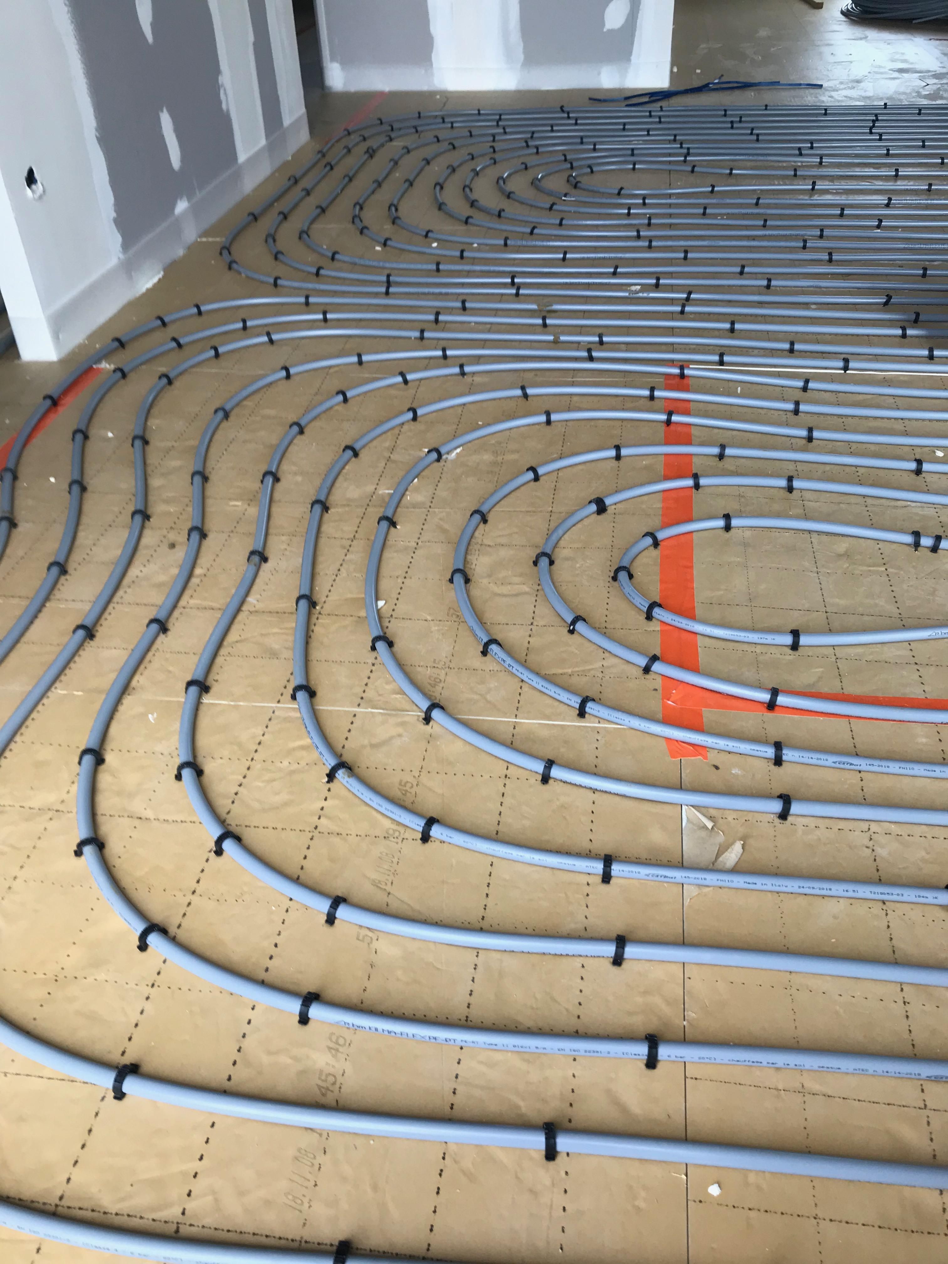 Carrelage Sur Plancher Chauffant Basse Temperature chantier à gan réalisé en 5 mois 1/2   natilia pau